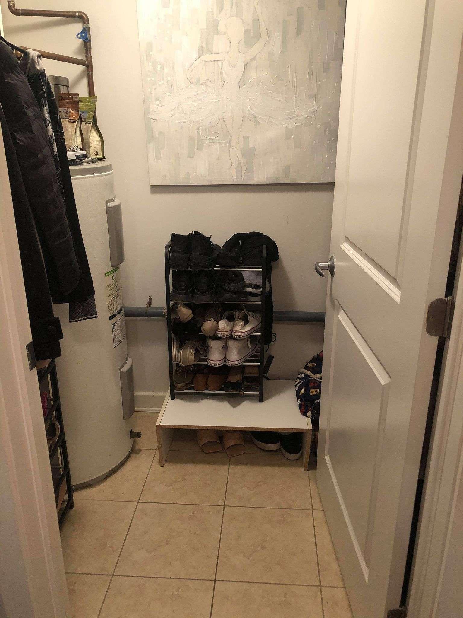 Closet den storage